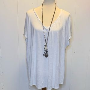 Plus size 2 24/7 maurices tee